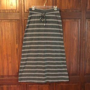 3/$12 ITEM! Seven7 Maxi Skirt with Slit